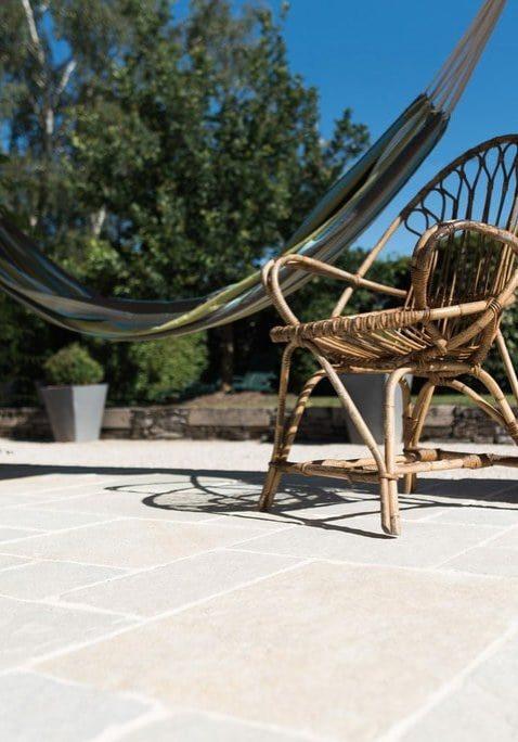 Nettoyage terrasse Loire Atlantique chaise hamac banc